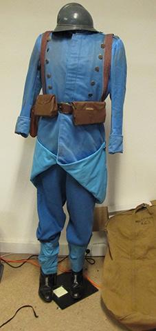 Costumes de soldats Fantassin piou piou pour le centenaire de la guerre 14, 18