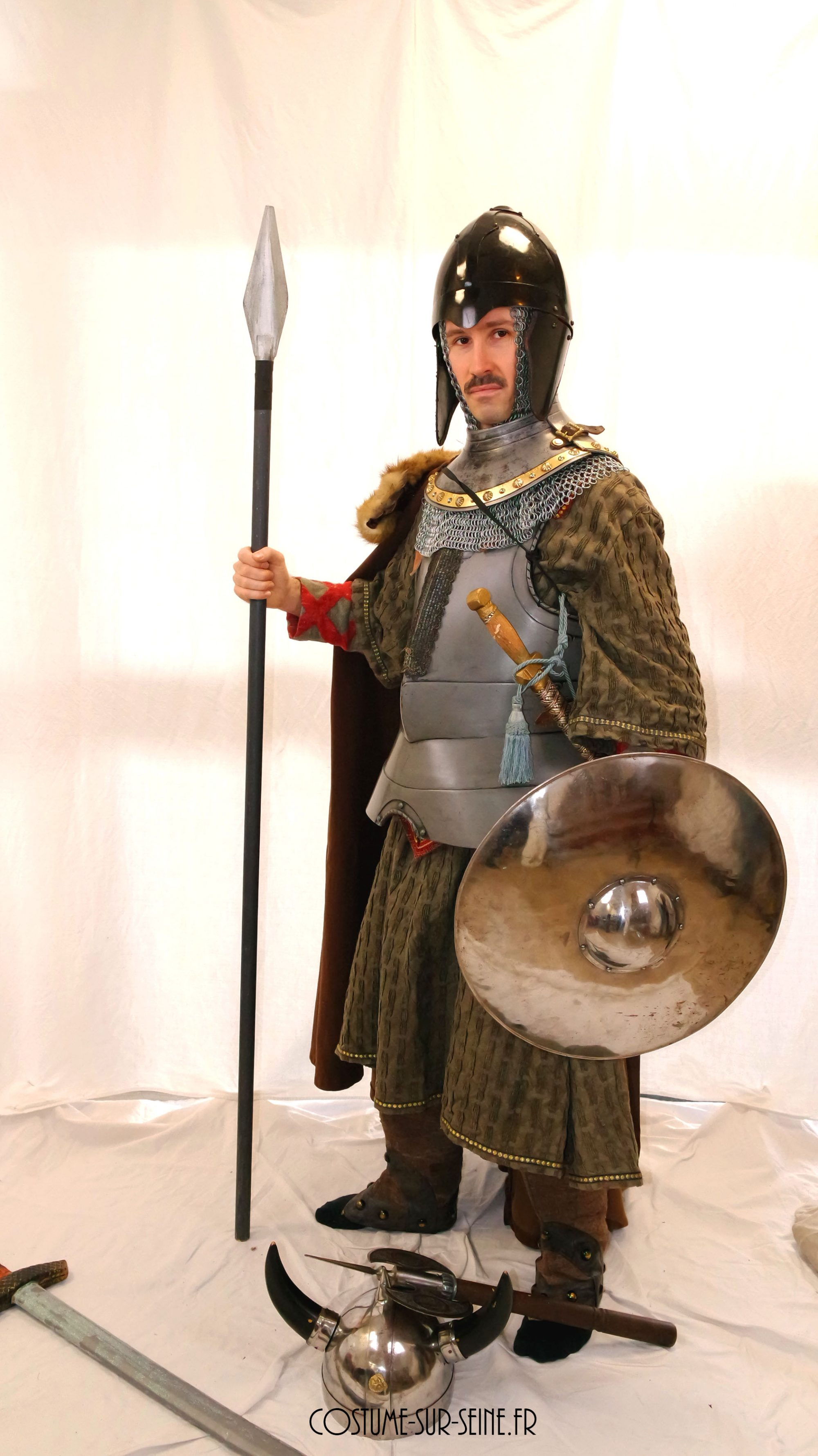 Chevalier en armure de guerre