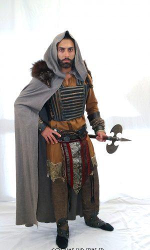 costume Barbare hache