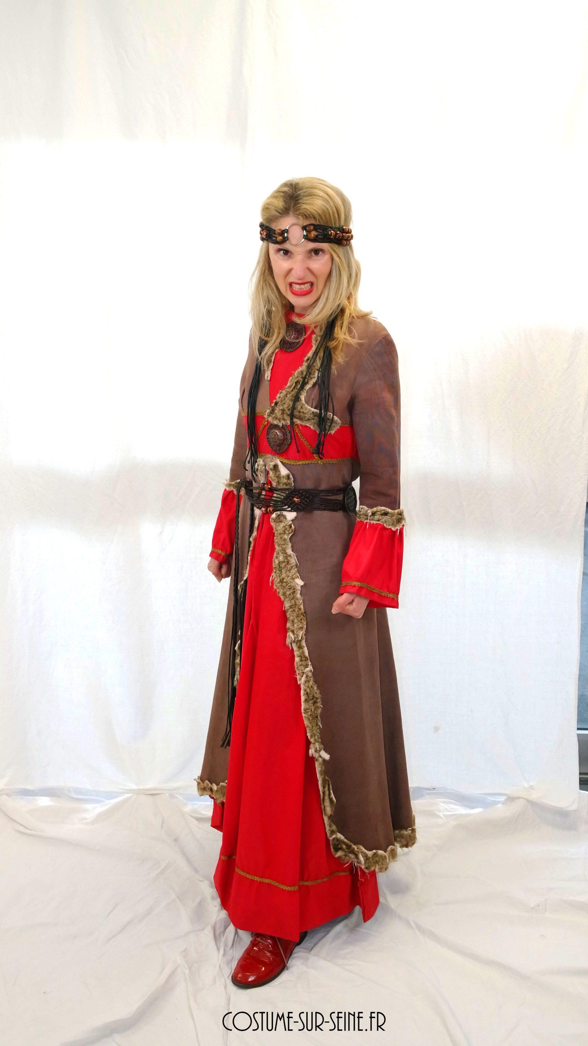 costume sur seine femme celte