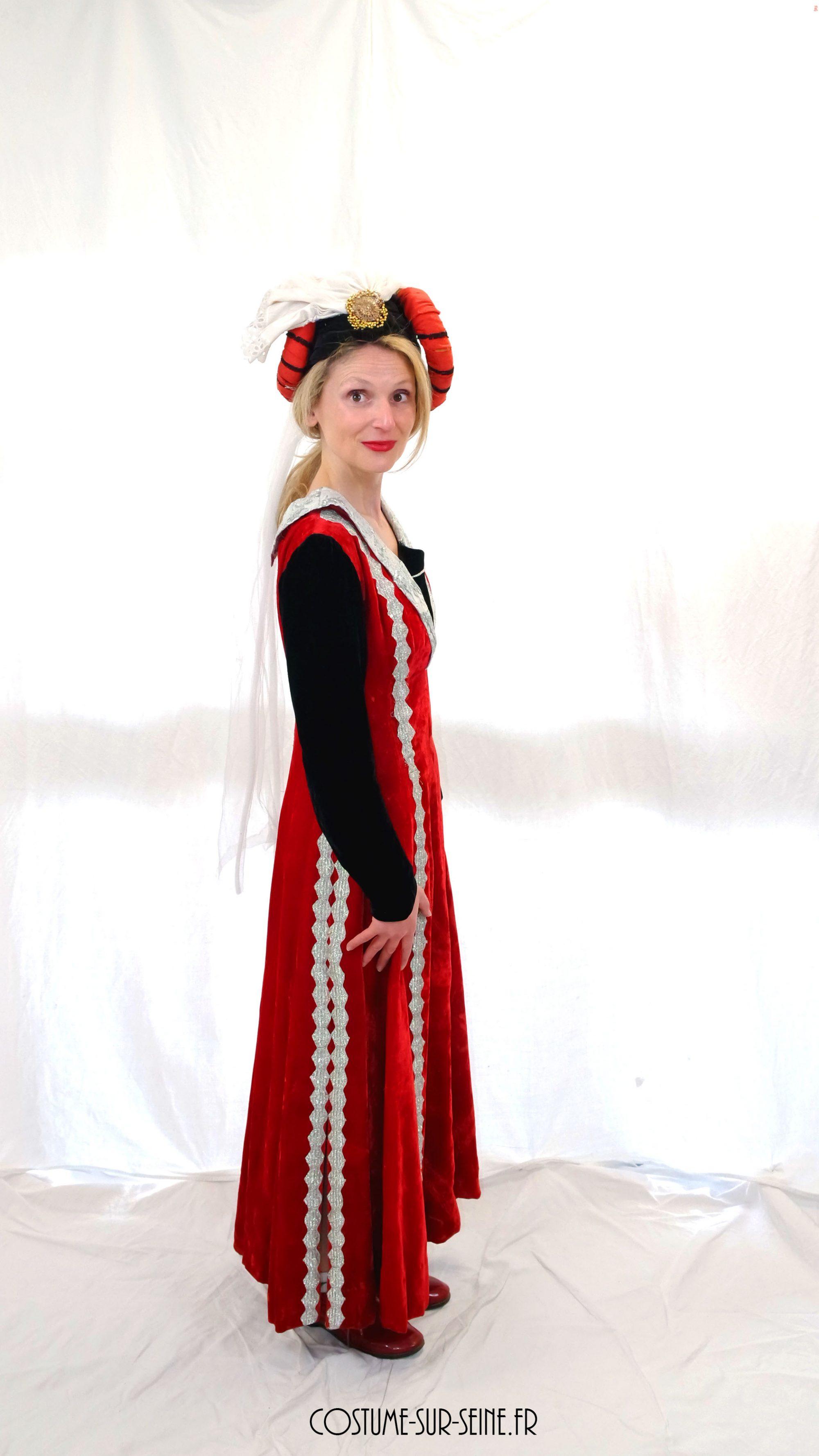 robe médiévale location